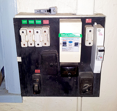 old fuse box electrical repairs, electrical upgrades bcs electrical how to upgrade your fuse box at reclaimingppi.co
